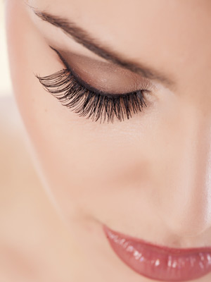 Eyelash & Permanent Makeup